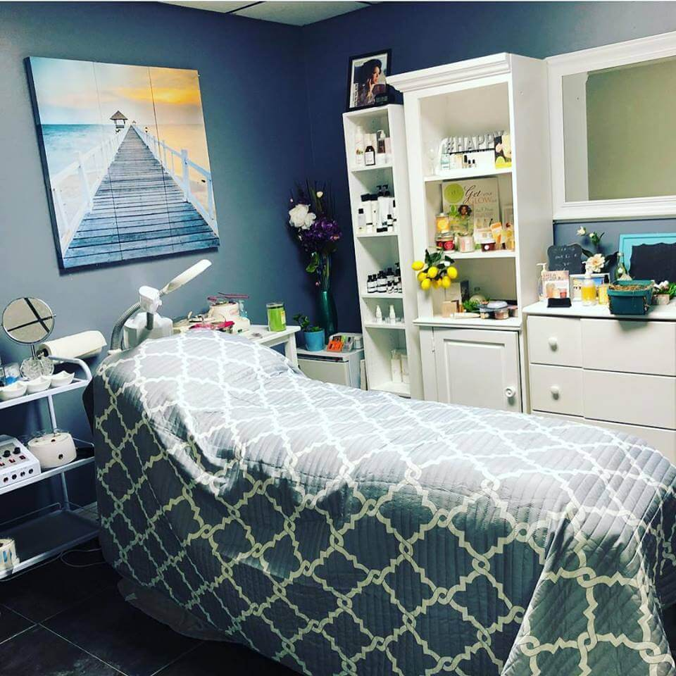 Luxury Lotus Spa in Tampa Florida facial room for black women
