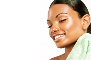 Best Enzyme Peels Treatment for acne scars, Luxury-Lotus-Spa-Esther-The-Esthetician-in-Tampa-Florida-Acne-scars-brown-spot-treatment-on-African-American-and-brown-skin-women-by-a-black-esthetician.jpeg